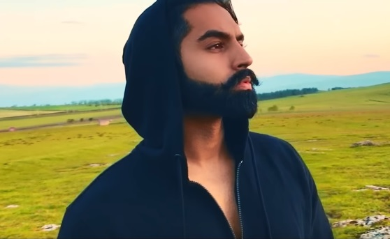 Aa Le Chakk Main Aa Gya Lyrics - Parmish Verma Debut Song | Desi Crew